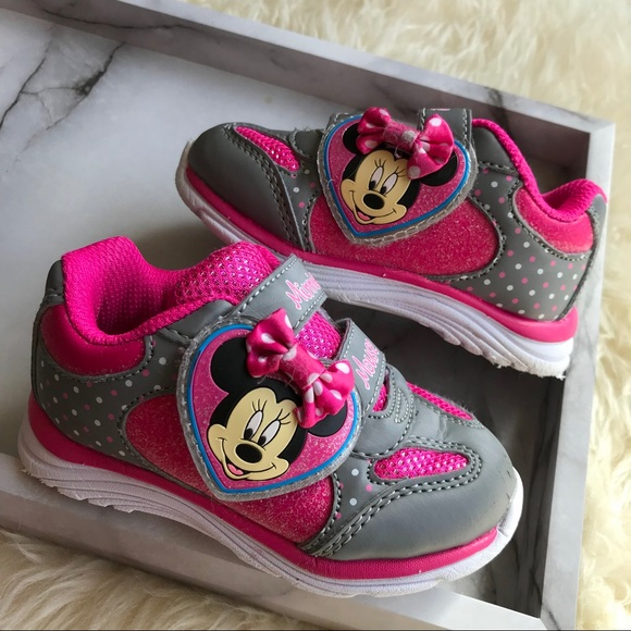 d5493408b5f Minnie Mouse Shoes